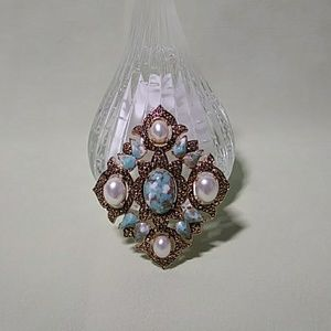 Jewelry - Sarah Coventry Brooch Vintage